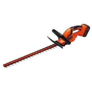 Black+ Decker LHT2436 cordless hedge trimmer